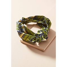 Jennifer Behr Printed Marin Knot Headband ($198) ❤ liked on Polyvore featuring accessories, hair accessories, green, knotted headwrap, headband hair accessories, bohemian headbands, braided hairband and braided headbands