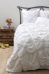 Anthropologie Rosette Bedding White Queen Quilt Comforter