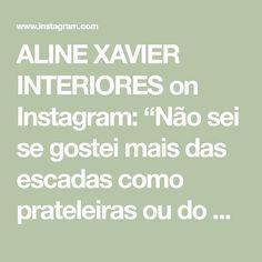 """ALINE XAVIER INTERIORES on Instagram: """"Não sei se gostei mais das escadas como prateleiras ou do balcão feito com várias molduras. Uma arraso! Às vezes precisamos sair do…"""" Instagram, Socialism, Shelves, Stairs, Go Outside, Moldings, Interiors"""