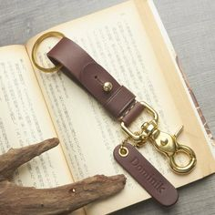 Dark Brown Leather, Tan Leather, Mens Keychains, Gifts For My Sister, Leather Keychain, Vegetable Tanned Leather, Leather Working, Tans, Leather Craft