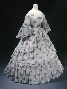 Summer Dress: ca. 1864,     This dress was worn by the Duchess of Cadore -  Museum of France
