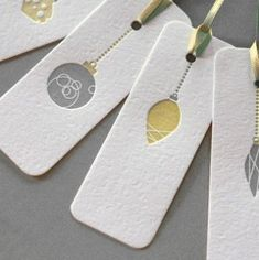 Love these embossed holiday gift tags