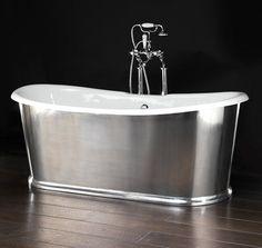 Baignoire ilôt en fonte REGAL by Devon&Devon Modern Bathtub, Modern Bathroom, Beautiful Bathrooms, Simple Bathroom, Bathroom Sets, Master Bathroom, Bathroom Stuff, Attic Bathroom, Bathroom Lighting Design