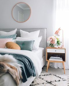 How to design your home: 60 best decoration ideas - Studenten zimmer - Home Decor Bedroom, Scandinavian Bedroom Decor, Home Bedroom, Beautiful Bedroom Designs, Bedroom Interior, Interior Design Bedroom Small, Beautiful Bedrooms, Home Decor, Airy Bedroom