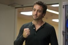 Alex O'Loughlin oh so delicious!