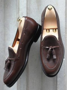 The Best Men's Shoes And Footwear : Septieme Largeur Pebble Grain Loafer… – Men's style, accessories, mens fashion trends 2020 Sock Shoes, Men's Shoes, Shoe Boots, Dress Shoes, Formal Shoes, Casual Shoes, Moda Do Momento, Gentleman Shoes, Best Shoes For Men
