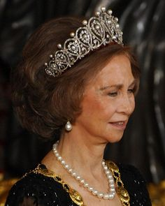 Queen Sofia of Spain wearing the Spanish Diamond and Pearl Loop Tiara.