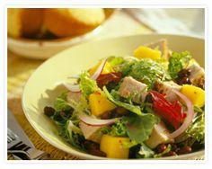 cookinghothome: Mango, Apple, and Blue Cheese Salad (Mango, eple og blåsalat) Mango Recipes, Pork Recipes, Salad Recipes, Cooking Recipes, Healthy Recipes, Healthy Salads, Shrimp Recipes, Healthy Food, Salad Bar