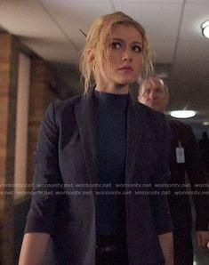Mia's blue plaid blazer on Arrow Tommy Merlyn, Arrow Cast, Supergirl 2015, Cw Dc, The Cw Shows, Katherine Mcnamara, Black Lightning, Dc Movies, Green Arrow