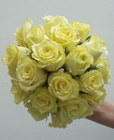Main bouquet flower (mine) - yellow roses
