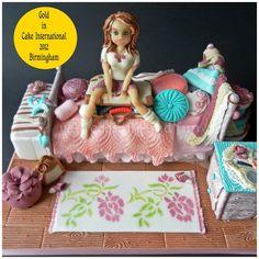 Gold in Figurine Class in Cake International 2012 in Bimingham