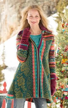 ALPINE LEGENDS CARDIGAN -- Nordic designs from the highlands in street-ready style. Back-kick pleat reveals contrasting pattern. Roll sleeves for contrasting color. On-seam pockets. Funky Fashion, Boho Fashion, Fashion Design, Knitting Machine Patterns, How To Roll Sleeves, Angkor, Mantel, Boho Chic, Bohemian