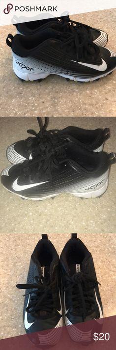 Nike Vapor boys baseball cleats ⚾ sz 1