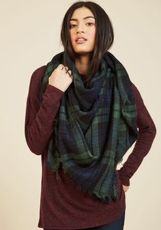 Willamette for the Weekend Scarf in Forest. An Oregon adventure calls for this plaid scarf to complete your getaway get-up! #green #modcloth