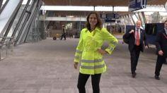 Dames – Er is nu  ook charmante dames werkkleding!  Kijk snel op http://woltex.com/blog/werkkleding-2/dames-er-is-speciaal-voor-u-ook-charmante-dames-werkkleding/