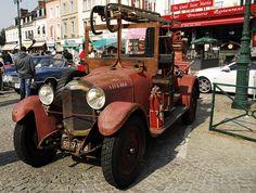 camion de pompier De Dion Bouton by pontfire, via Flickr