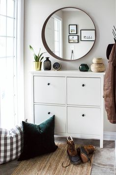 IKEA Entryway Reveal & My 5 Entryway Must Haves Entryway and Hallway Decorating Ideas Entryway Haves Ikea Reveal Entrada Ikea, Ikea Entryway, Ikea Hall, Narrow Entryway, Hallway Decorating, Decorating Ideas, Sweet Home, Bedroom Decor, House Design