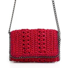 Catarina Mina is the first brand with open costs in Brazil: a honest conversation between who produces, who draws and who buys. Crochet Clutch, Crochet Handbags, Crochet Purses, Knit Crochet, Crochet Bags, Crochet World, Knitted Bags, Beautiful Crochet, Handmade Bags