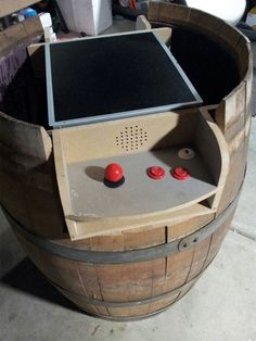 """A Custom """"Donkey Kong"""" Arcade Table Made From a Wine Barrel – Nerd Approved – News For Nerds"""