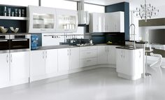Simple white high gloss kitchen