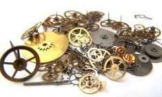 Vintage antique Steampunk Watch Parts Pieces gears cogs wheels Lot Antique Watches, Vintage Watches, Etsy Vintage, Vintage Antiques, Flea Market Gardening, Steampunk Watch, Owl Eyes, Clock Parts, Steampunk Design