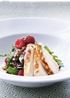 Opskrift på salat med kylling og spicy hindbærdressing