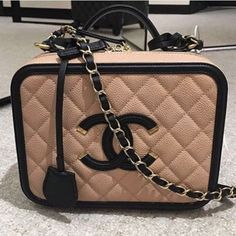 Chanel Beige/Black CC Filigree Vanity Case Small Bag 2