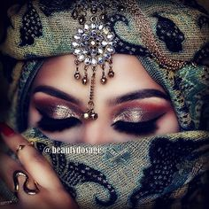 ✨ We are obsessed with this glam by who used Marbled smoke pigment for this look a. Painted Ladies, Beautiful Eye Makeup, Perfect Makeup, Fake Lashes, Long Lashes, Fancy Makeup, Makeup Looks, Bollywood Makeup, Arabic Makeup