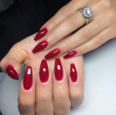 Easy Red Casket Christmas Nails Styles For Winter – Page 25 – The Life Ideas Hot Nails, Pink Nails, Hair And Nails, Xmas Nails, Christmas Nails, Nail Deaigns, Coffin Shape Nails, Bridal Nails, Creative Nails