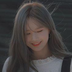 K Pop, Kpop Girl Groups, Kpop Girls, Cute Baby Girl Pictures, Girl Korea, Uzzlang Girl, Cute Asian Girls, Kpop Aesthetic, Blue Hair