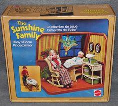 Familie-Sonnenschein-Sunshine-Family-Kinderzimmer-70er-80er-Jahre-Puppe-Vintage