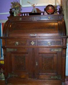 lovely antique roll top desk - Rolltop Desk