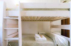 #cinqueterreapertments #bedroom