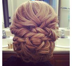 I love this! So elegant (: