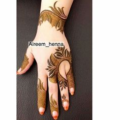 Mehendi (Lawsonia inermis) is a small freckle whose leaves are used to make girlfriends Indian Henna Designs, Latest Henna Designs, Floral Henna Designs, Henna Designs Feet, Finger Henna Designs, Simple Arabic Mehndi Designs, Modern Mehndi Designs, Wedding Mehndi Designs, Beautiful Henna Designs