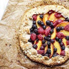 Baked by @fitmittenkitchen #bakersbatch #baking