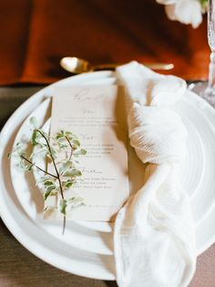 white gauze table napkins for wedding romantic and pretty tablescape ideas wedding tables napkins Specialty Linen Event Rental Wedding Table Centerpieces, Wedding Decorations, Wedding Tables, Wedding Reception, Centrepieces, Centerpiece Ideas, Wedding Tips, Wedding Events, Diy Wedding