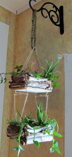 Belle idée pour la déco bois flotté - vases