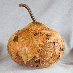 maple‑leaf‑gourd‑with‑lid