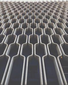 Super cool exterior building facade pattern