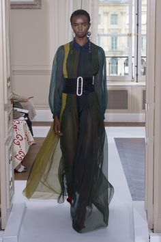 Schiaparelli | Haute Couture - Autumn 2017 | Look 25
