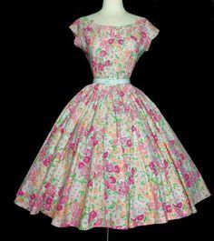 Vintage 1950s Dress// Floral//50s by VintageDiva60 on Etsy