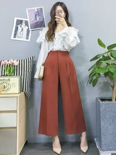 Korean Fashion Dress, Korean Street Fashion, Ulzzang Fashion, Muslim Fashion, Korean Outfits, Asian Fashion, Modest Fashion, Trendy Fashion, Fashion Models