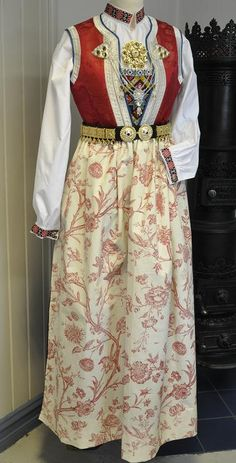 Skirt just needs to be mid-calf length to show off the leggings underneath Dress Up Costumes, Dress Outfits, Norwegian Clothing, Fantasy Dress, Antique Clothing, Folk Costume, Daily Wear, Traditional Dresses, Folklore
