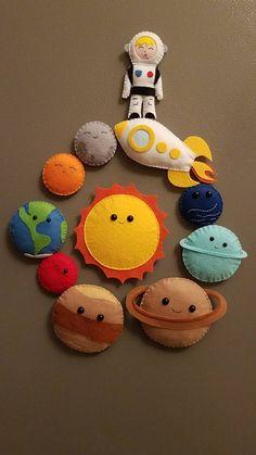 Felt Crafts Kids, Felt Crafts Patterns, Sewing Patterns, Projects For Kids, Diy For Kids, Sewing Projects, Art Projects, Planet For Kids, Educational Toys For Kids