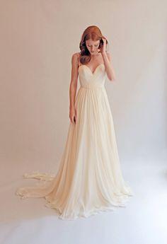 Spaghetti Strap Sleeveless Off-white A-line Long Beach Chiffon Wedding Dress V Neck
