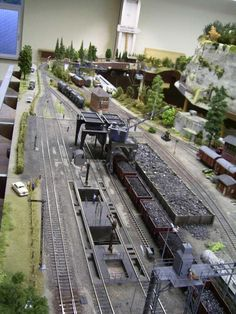For some people, collecting toy trains isn't just another hobby or interest; The concept of collecting toy trains has been N Scale Model Trains, Model Train Layouts, Scale Models, Ho Scale Train Layout, N Scale Layouts, Escala Ho, Model Railway Track Plans, Garden Railroad, Model Maker