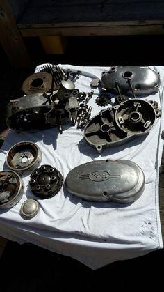 Csepel puzzle Garage, Retro, Motorcycles, Carport Garage, Rustic, Garages, Carriage House