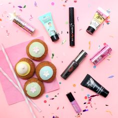 YUM! We're getting today off to a sweet start with these gorgeous goodies!