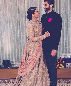 #bride #groom #indianwedding #wedding #weddingwear #weddinglehenga #lehenga #couple #coupleshot
